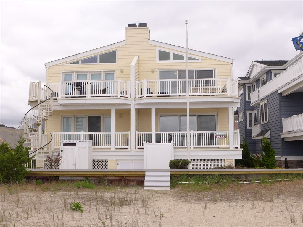 1909 Wesley Avenue, Ocean City Unit: T/H Floor: North