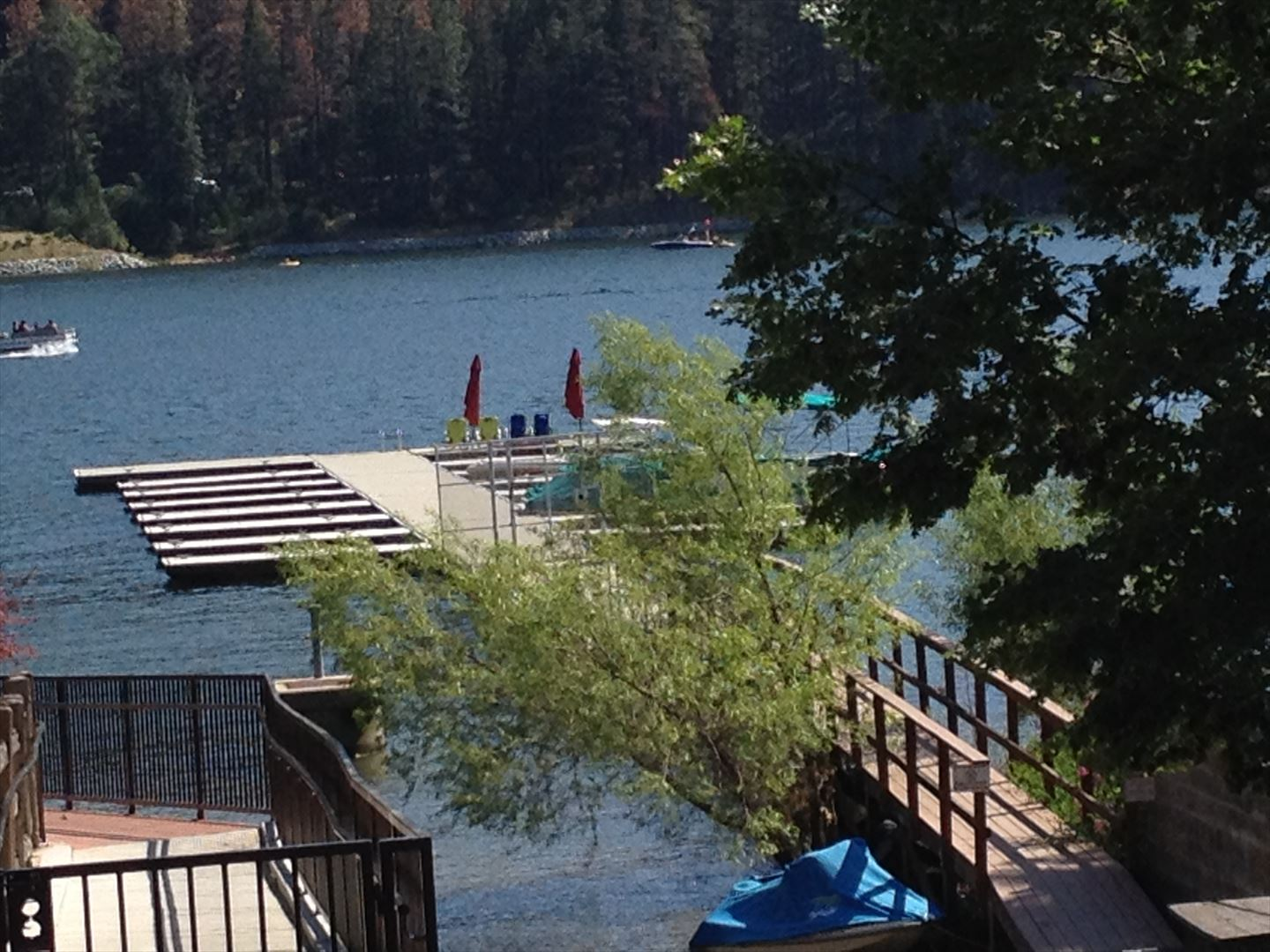 Plan to go boating or fishing? Here is a look at gated Beaver dock where your boatslip awaits. Just a short walk away!