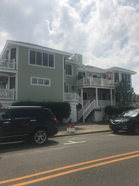 300 42nd Street, Ocean City  Floor: TH