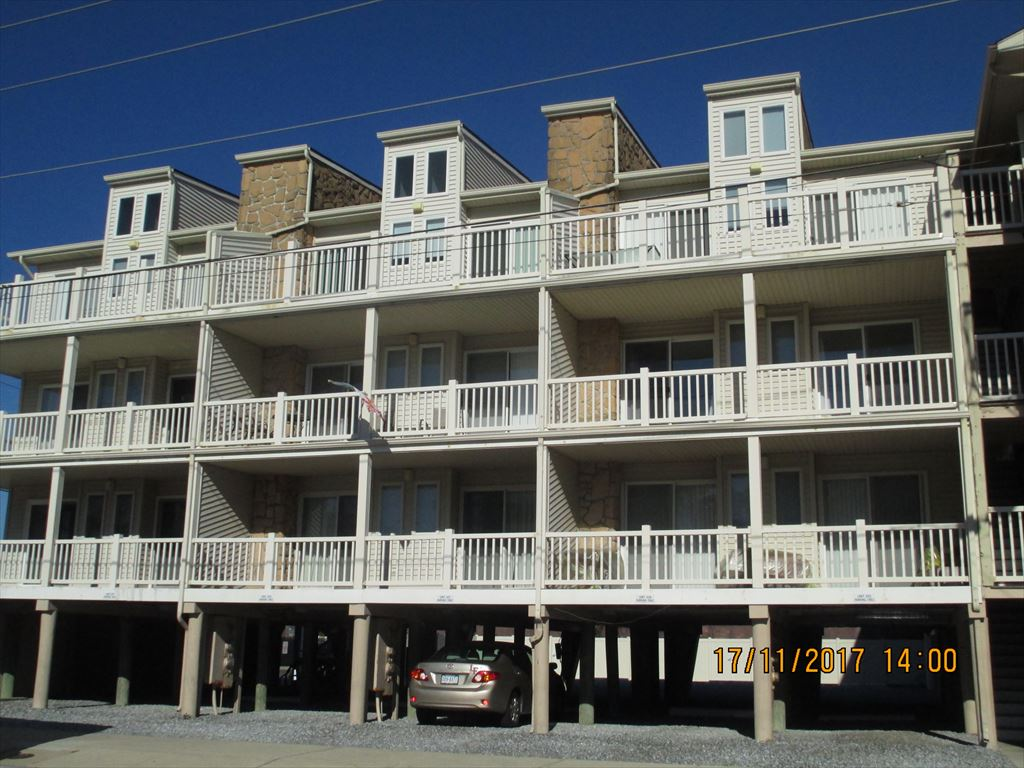 4400 Beach, Sea Isle City Unit: 306 Floor: 3rd floor