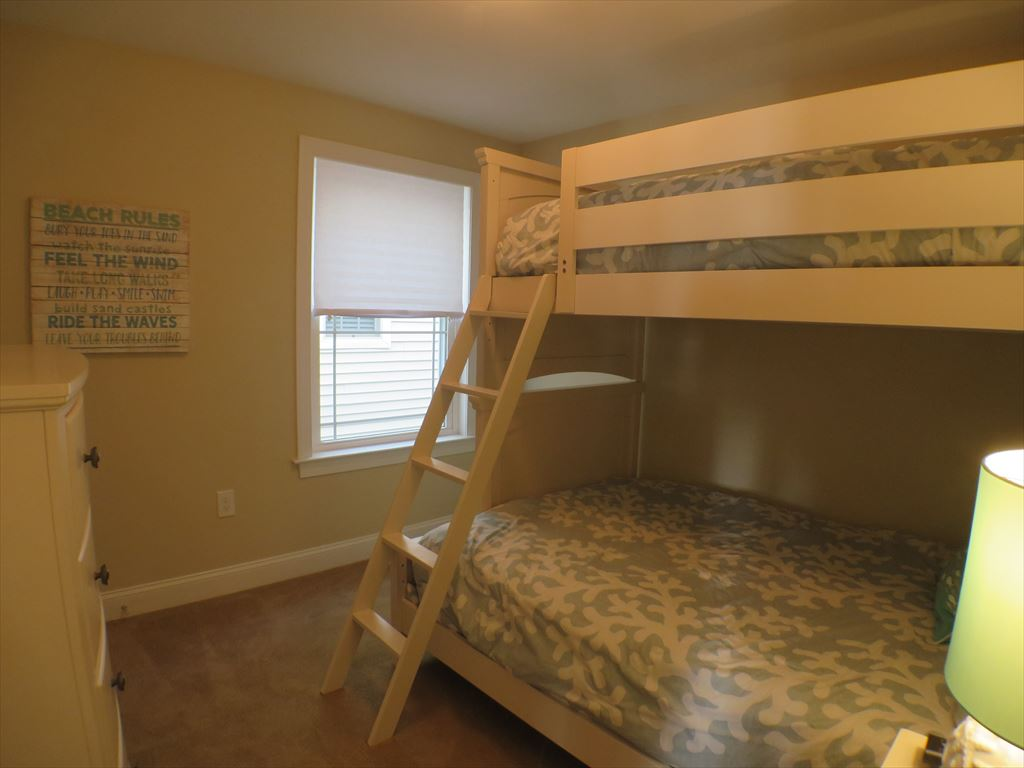 Bunk Bedroom w/Full Lower and Single Upper