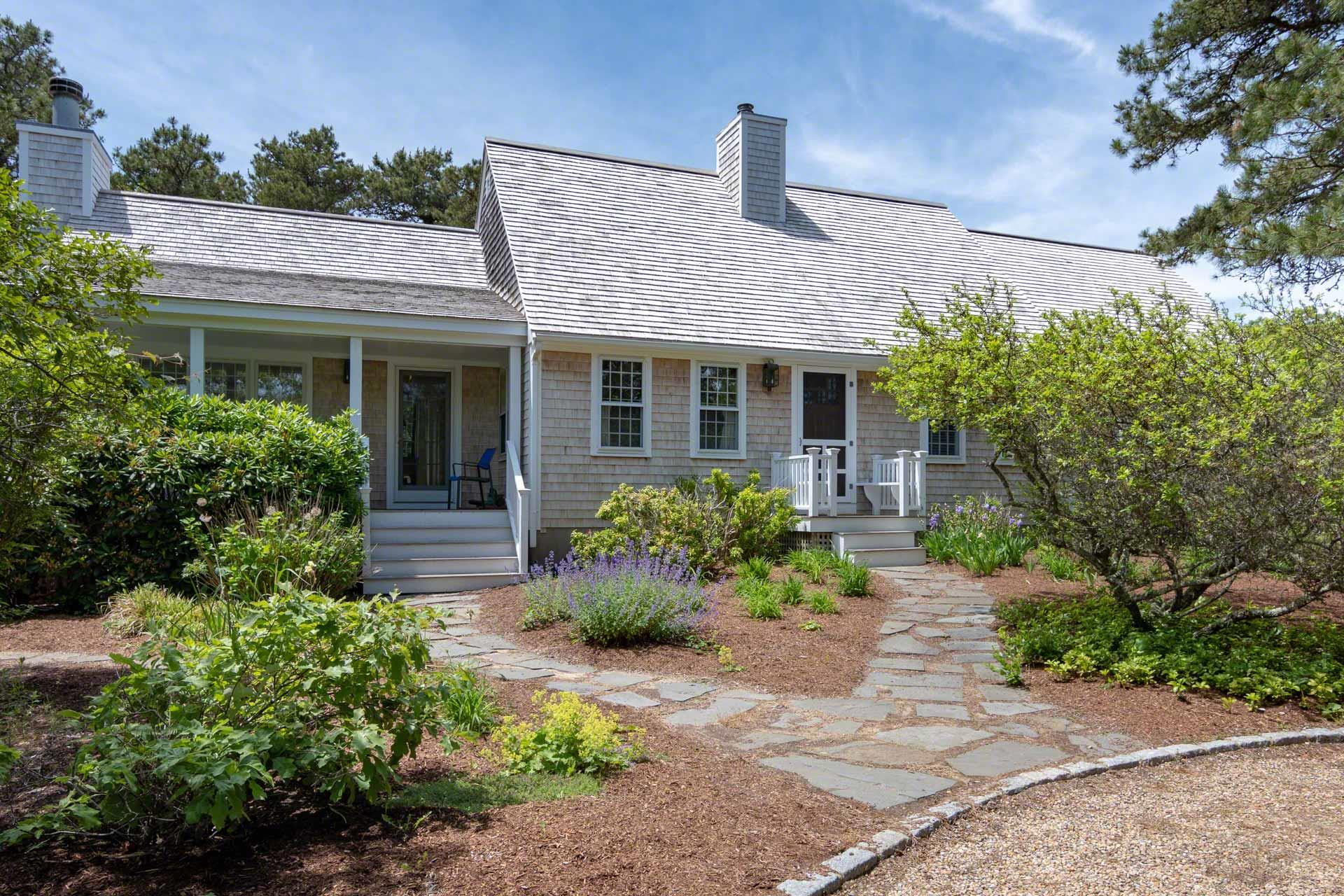 37 Road To The Plains, Edgartown  Floor: Featured
