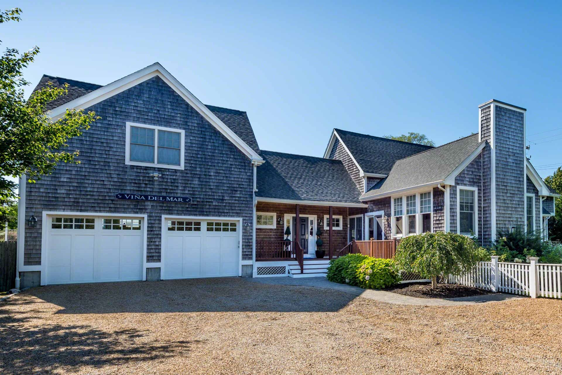 20 Edgartown West Tisbury Road, Edgartown  Floor: Featured