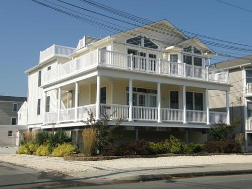 206 29th Street, Ocean City Unit: B Floor: 2nd