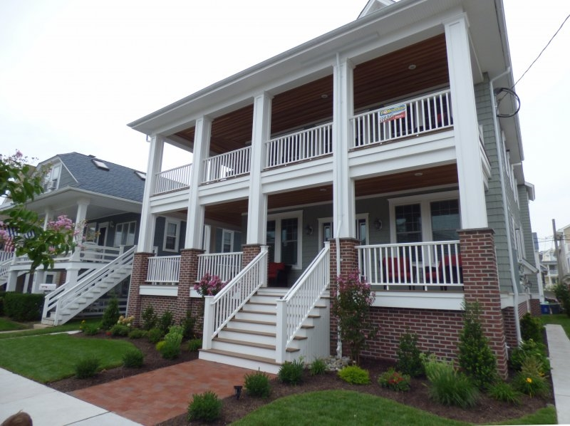 854 St. Charles Place, Ocean City  Floor: 2nd and 3rd