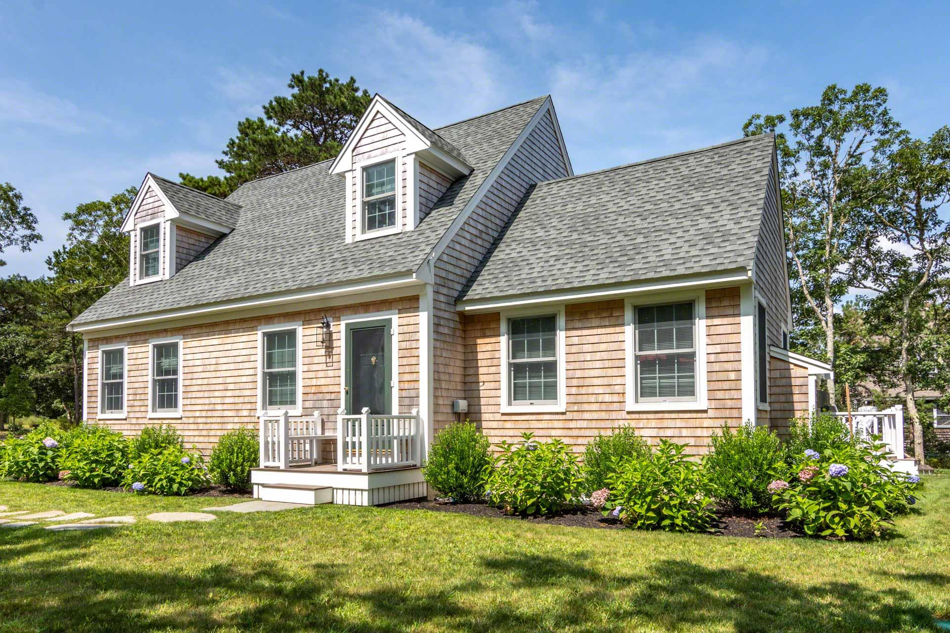 45 Edgewood Drive, Edgartown Unit: Newly Listed