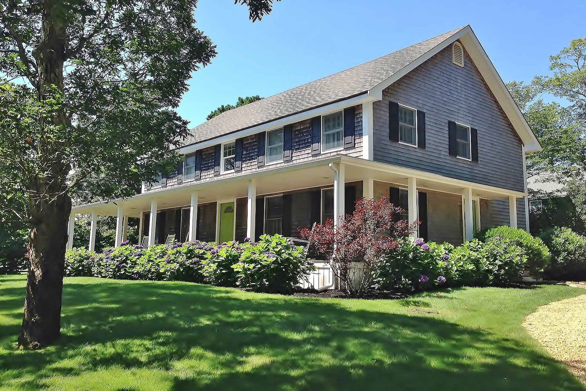 25 Pacific Avenue, Oak Bluffs Unit: Newly Listed