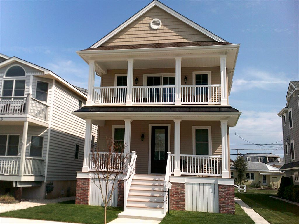 2025 Central Avenue, Ocean City  Floor: 1st