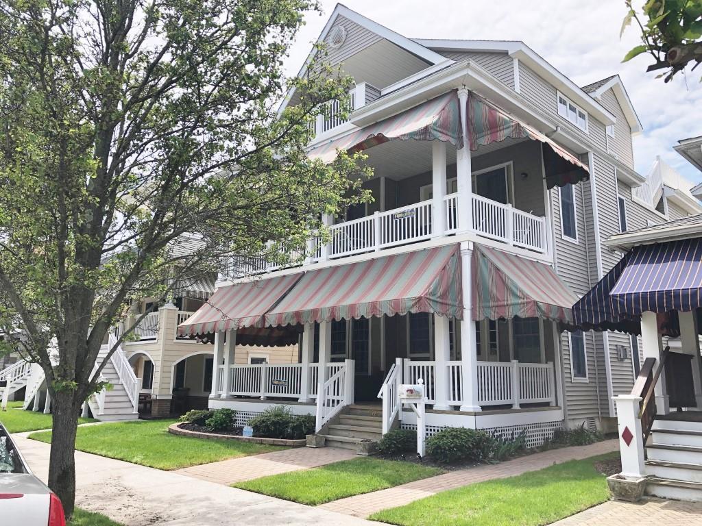 826 St. Charles Place, Ocean City Unit: B - C Floor: 2nd - 3rd