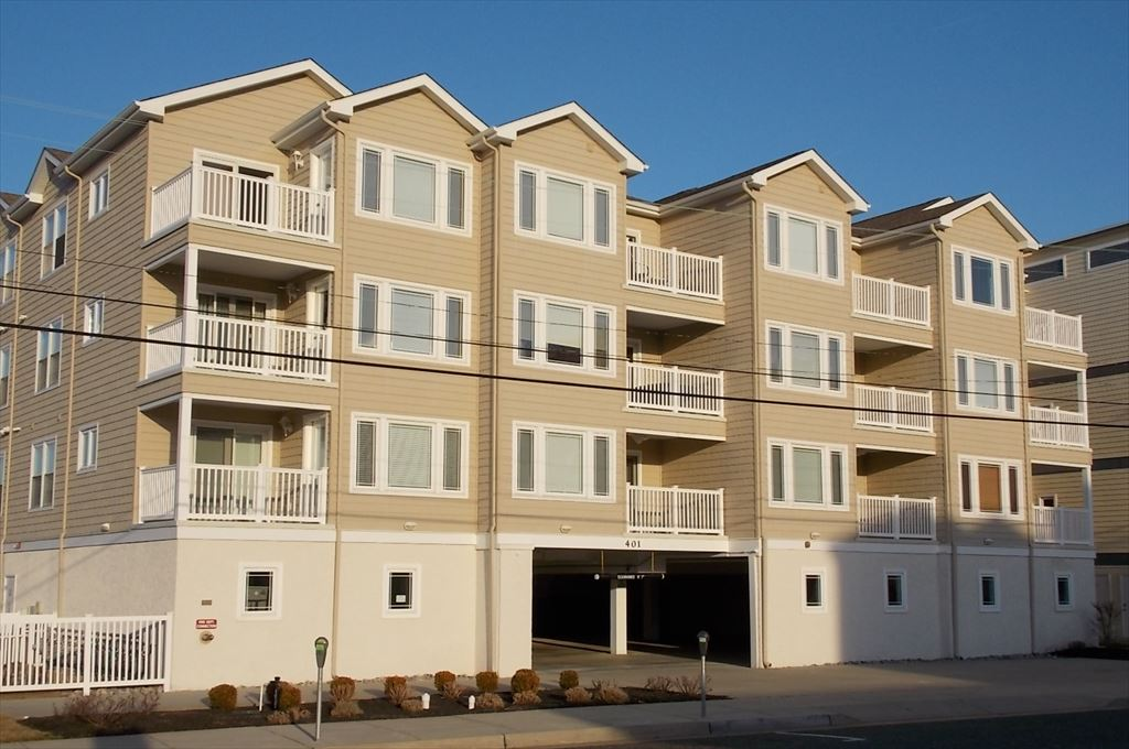 401 Stockton Road, Wildwood Crest Unit: 202 Floor: 2